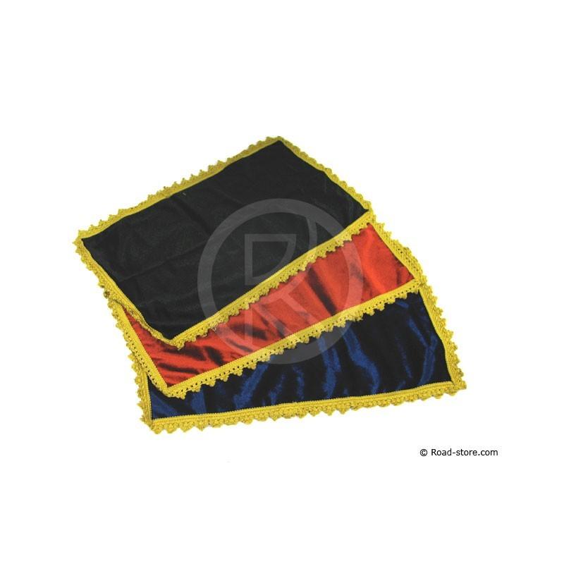 Tapis Tableau De Bord 50 X 28 Cm Noir Or Road Store