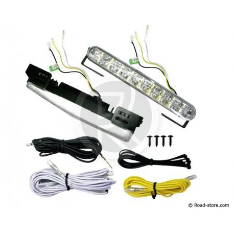 LED-Taglampe 18 LED 12/24V X2 - Automatisch