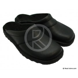 Leather Clogs T.42 Black in bag